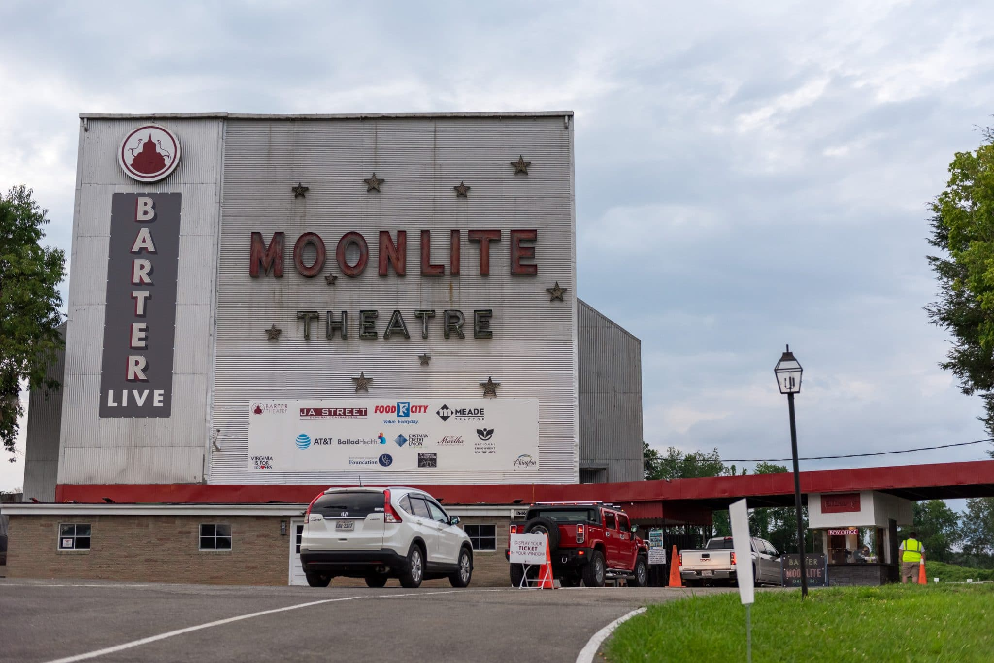 Patrons Entering the Barter Moonlite Theatre
